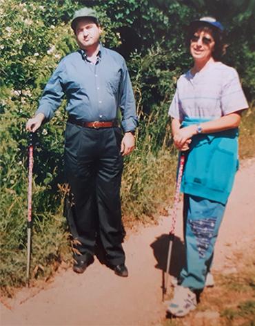 Gianni sul Monte Subasio con Annarita Mazzoccone