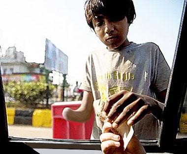 Accattone indiano mutilato