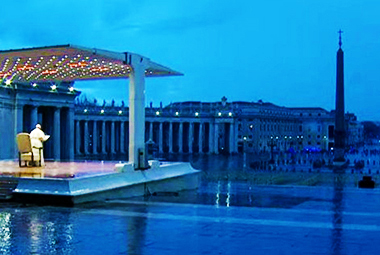 Bergoglio in piazza San Pietro vuota