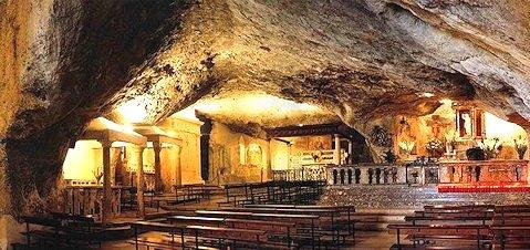 Grotta San Michele a Monte Sant'Angelo
