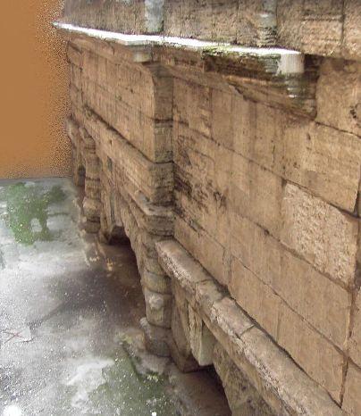 Resti dell'Acquedotto romano dell'Acqua Vergine al Nazareno
