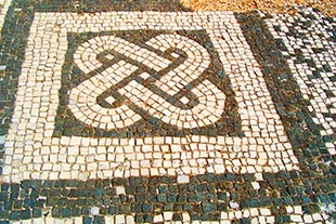 """Nodo di Salomone"" mosaico pavimentale"