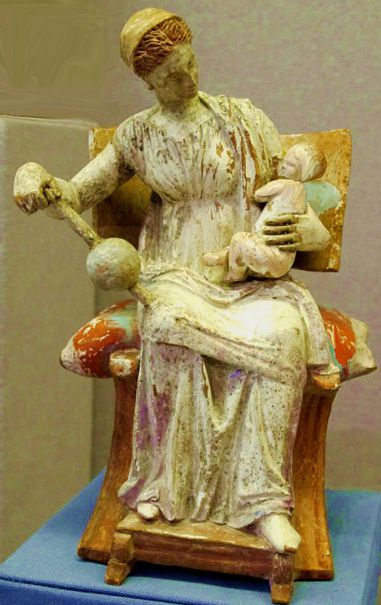 Tanagra - Afrodite accudisce Eros