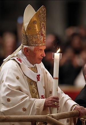 Veglia pasquale di Benedetto XVI
