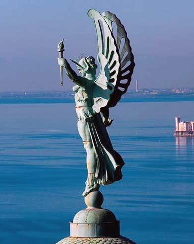 «Vittoria alata» Faro di Trieste